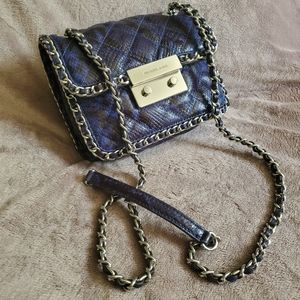 Michael Kors Shoulder Bag andbodycross bag.
